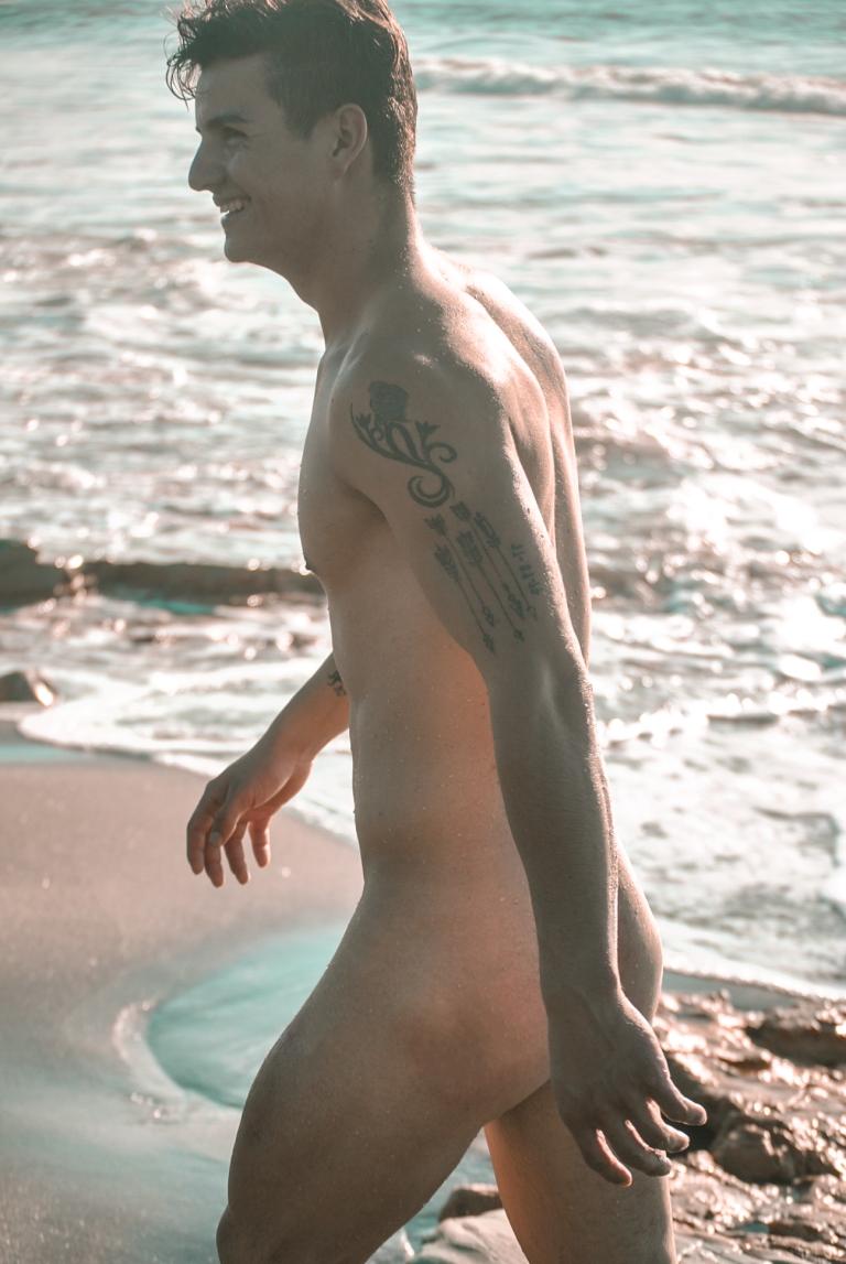 Send Nudes 8